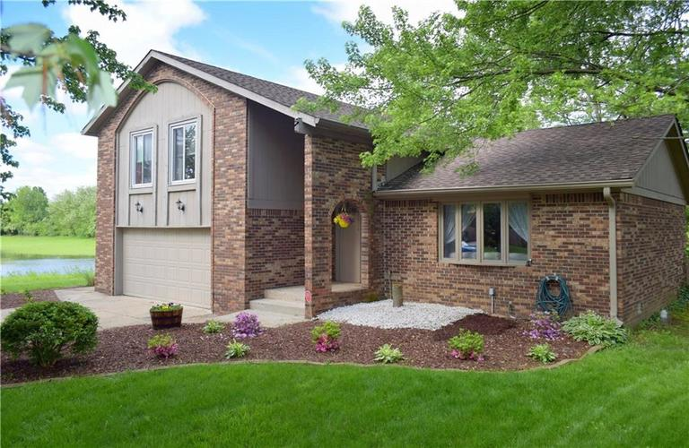 4524  Whirlaway Drive Indianapolis, IN 46237 | MLS 21642196