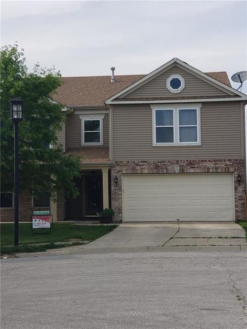 8204 Ossian Court Camby, IN 46113 | MLS 21642328 | photo 1