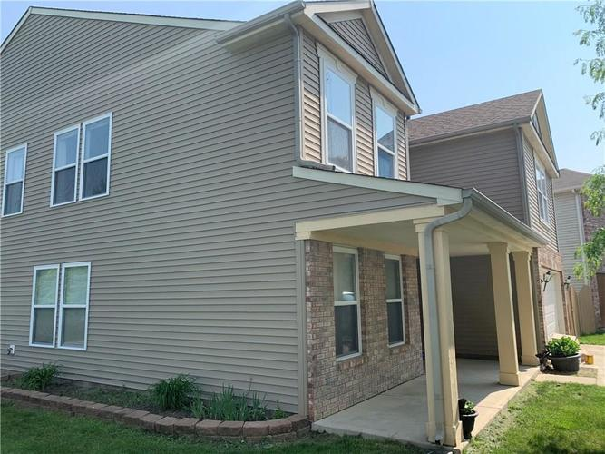 8204 Ossian Court Camby, IN 46113 | MLS 21642328 | photo 4