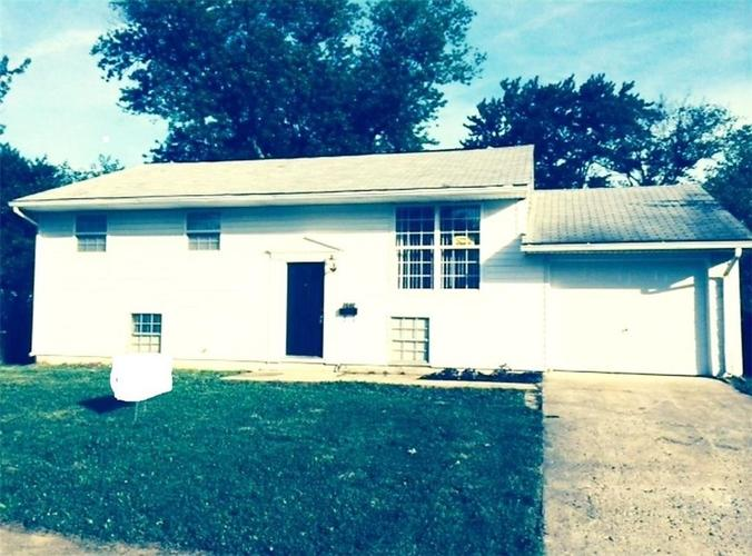 3640 N IRELAND Drive Indianapolis, IN 46235 | MLS 21642422