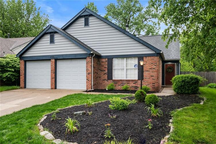 9796 River Oak Ln N Fishers, IN 46038 | MLS 21642500 | photo 1