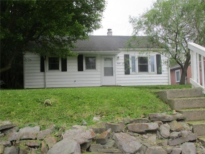 809  Fairview Avenue Crawfordsville, IN 47933 | MLS 21642570