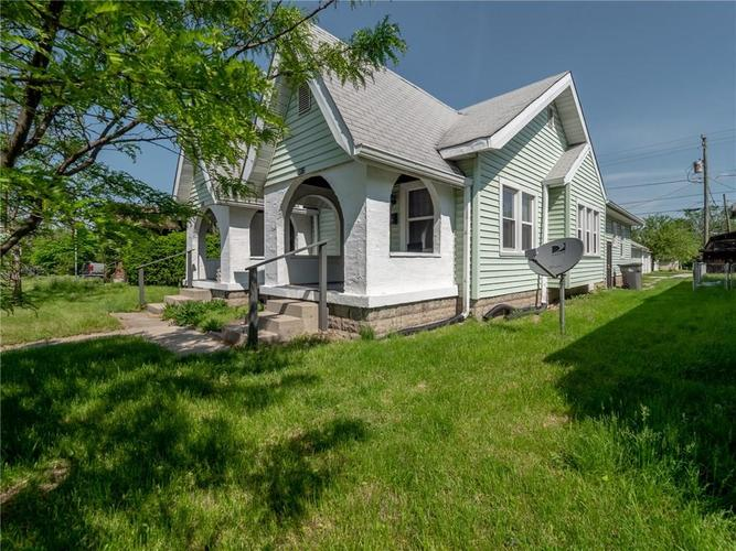 4810-4812 E 10TH Street Indianapolis, IN 46201 | MLS 21642595 | photo 2