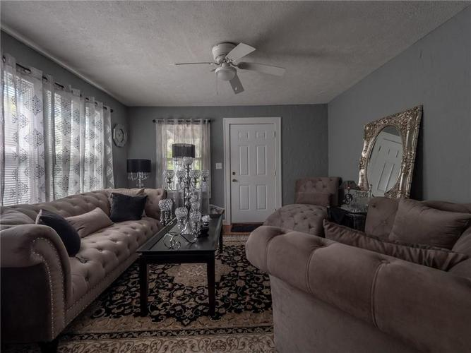 4810-4812 E 10TH Street Indianapolis, IN 46201 | MLS 21642595 | photo 5