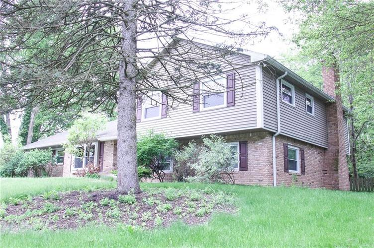 11626 Forest Drive Carmel, IN 46033 | MLS 21642780 | photo 3