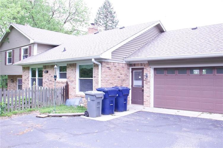 11626 Forest Drive Carmel, IN 46033 | MLS 21642780 | photo 4