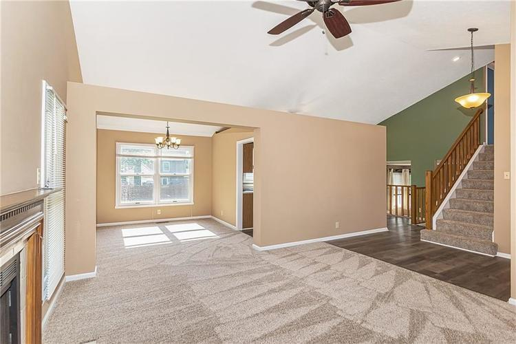 7678 Baywood Drive S Indianapolis, IN 46236 | MLS 21642964 | photo 5