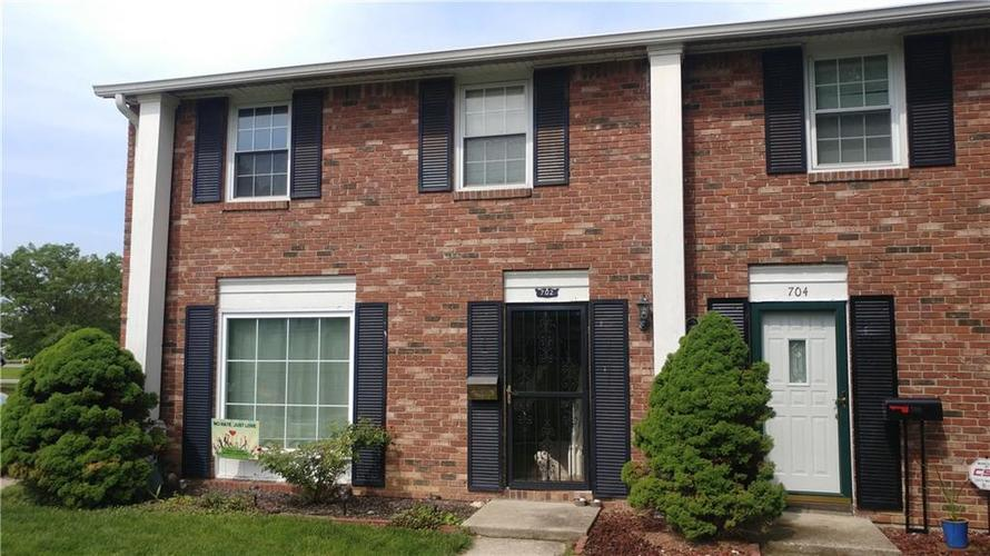 702  FERNDALE Court Indianapolis, IN 46227 | MLS 21643013