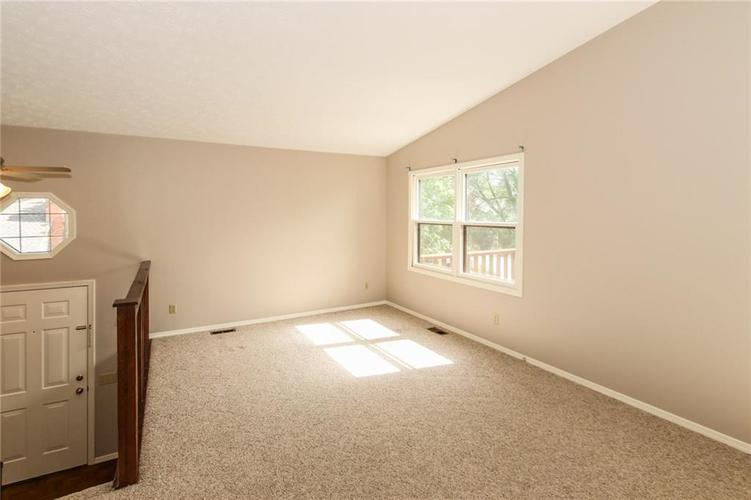 9169 CINNEBAR Drive Indianapolis, IN 46268 | MLS 21643090 | photo 4