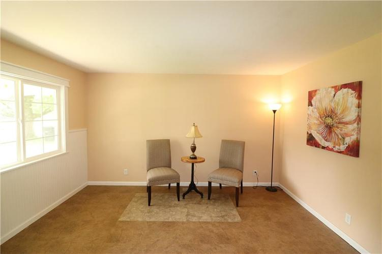 7530 E 51ST Street Indianapolis, IN 46226 | MLS 21643220 | photo 5