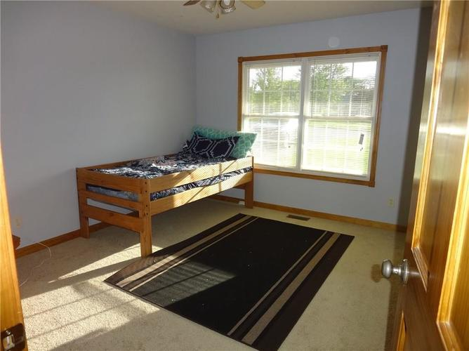 1720 E County Road 25 N North Vernon, IN 47265 | MLS 21643309 | photo 14
