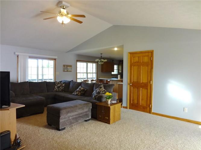 1720 E County Road 25 N North Vernon, IN 47265 | MLS 21643309 | photo 5