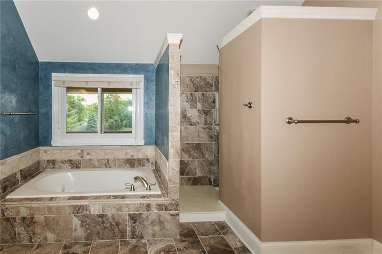5963 Kirkendall Court Carmel, IN 46033 | MLS 21643452 | photo 21