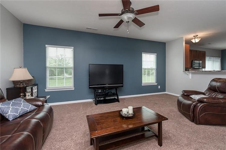 6797 Branches Drive Brownsburg, IN 46112 | MLS 21643473 | photo 10