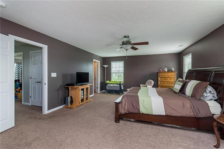 6797 Branches Drive Brownsburg, IN 46112 | MLS 21643473 | photo 20