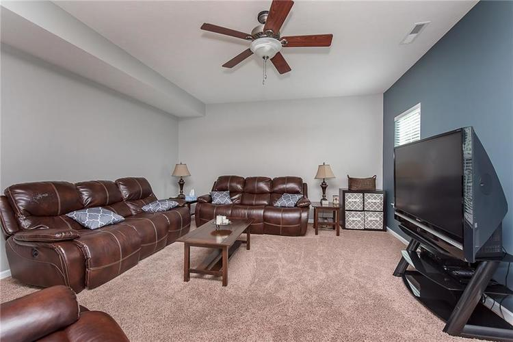 6797 Branches Drive Brownsburg, IN 46112 | MLS 21643473 | photo 7