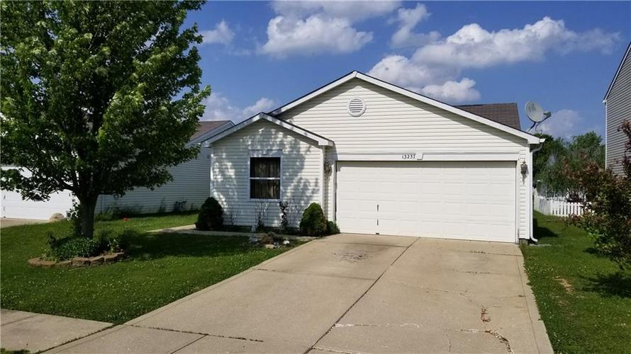 13237 N Etna Green Drive Camby, IN 46113 | MLS 21643530 | photo 1