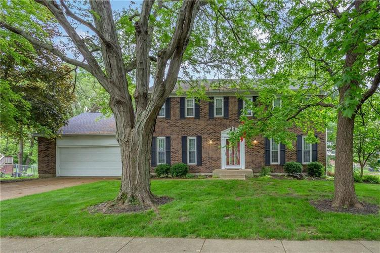 8323  Picadilly Lane Indianapolis, IN 46256 | MLS 21643624