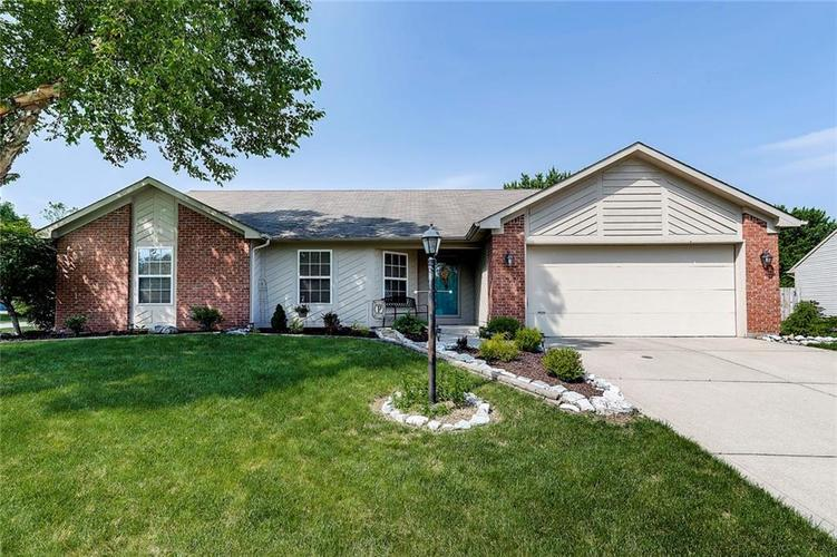 8428  SOUTHERN SPRINGS Way Indianapolis, IN 46237 | MLS 21643678