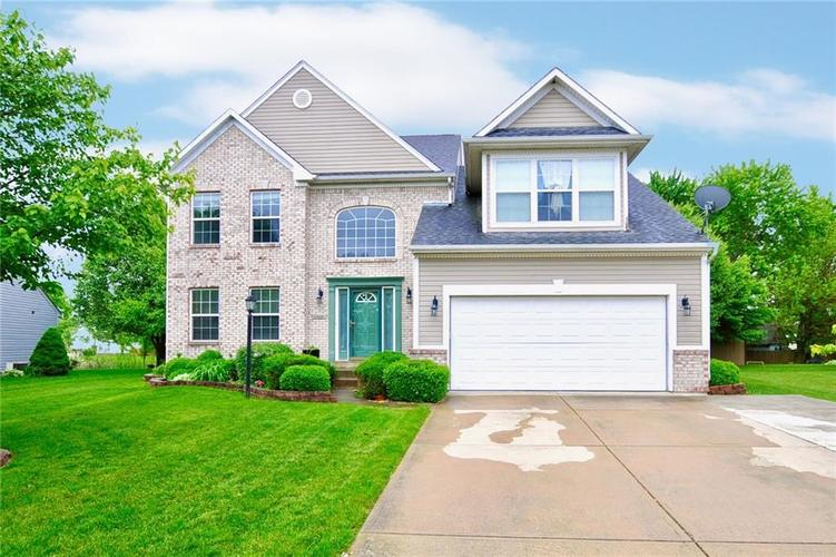 11629 Stoeppelwerth Drive Indianapolis, IN 46229 | MLS 21643726 | photo 1