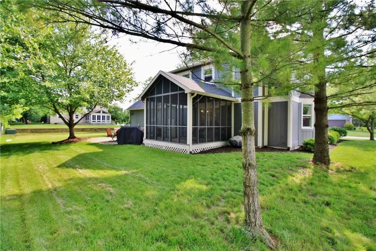 7509 Old Oakland Blvd. W Drive Indianapolis, IN 46236 | MLS 21643772 | photo 3