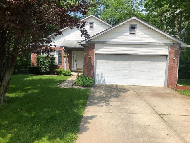 3018 FOXFIRE Circle Indianapolis, IN 46214   MLS 21643779   photo 1