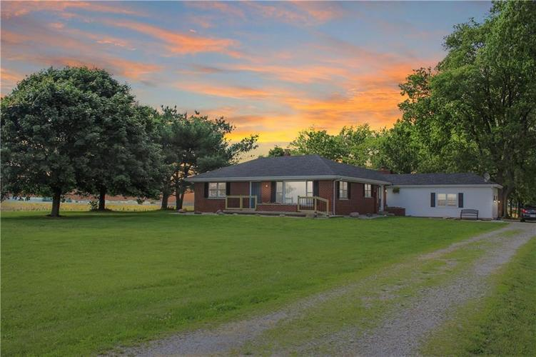 4922 W Boggstown Road Shelbyville, IN 46176 | MLS 21643798