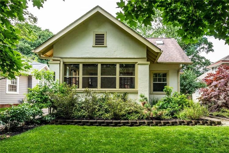 209 E Beverly Drive Indianapolis, IN 46205 | MLS 21643975 | photo 2
