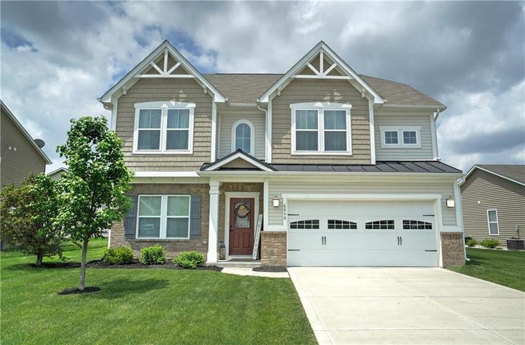 6848 Eagle Crossing Boulevard Brownsburg, IN 46112 | MLS 21644005 | photo 1