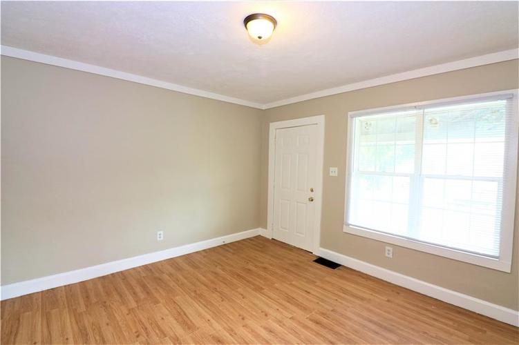 35 S Sherman Drive Indianapolis, IN 46201 | MLS 21644035 | photo 2
