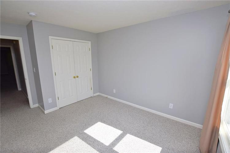 6746 KNOLL CREST Pendleton, IN 46064 | MLS 21644092 | photo 20