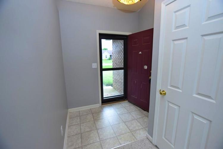 6746 KNOLL CREST Pendleton, IN 46064 | MLS 21644092 | photo 4