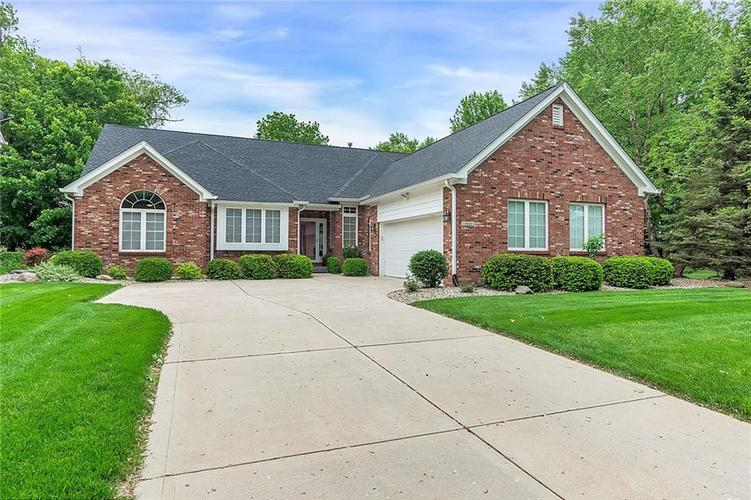 7151 English Oak Drive Noblesville, IN 46060 | MLS 21644096 | photo 1