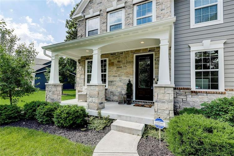 5723 Peaking Fox Drive Indianapolis, IN 46237 | MLS 21644311 | photo 3