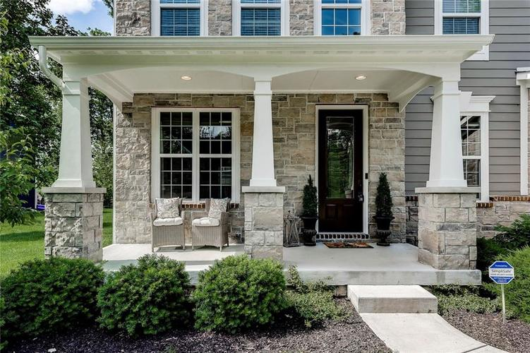 5723 Peaking Fox Drive Indianapolis, IN 46237 | MLS 21644311 | photo 4