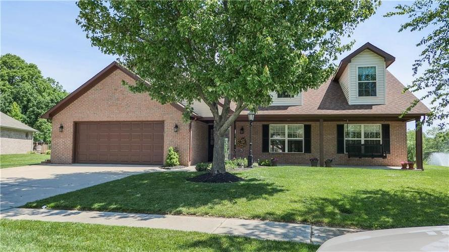 7951  Meadow Bend Circle Indianapolis, IN 46259 | MLS 21644320