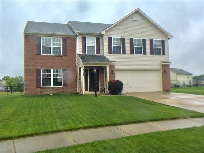 9633 TREYBURN LAKES Drive Indianapolis, IN 46239   MLS 21644379   photo 1