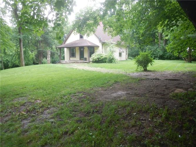 11945 E 86th Street Indianapolis, IN 46236 | MLS 21644408 | photo 2