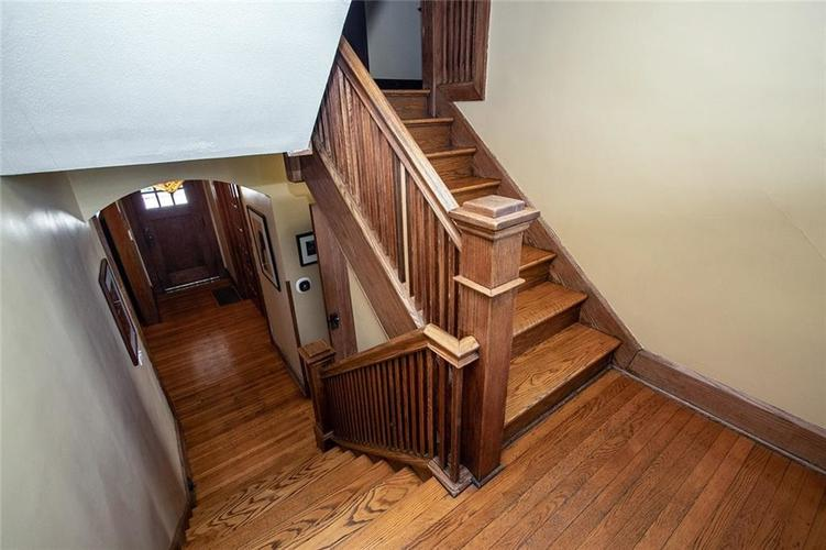 410 E 37th Street Indianapolis, IN 46205 | MLS 21644423 | photo 25