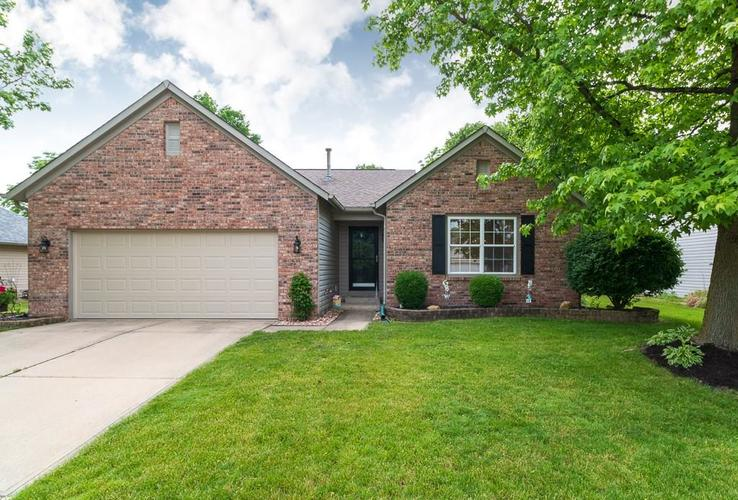 13910 Brightwater Drive Fishers, IN 46038 | MLS 21644500 | photo 1