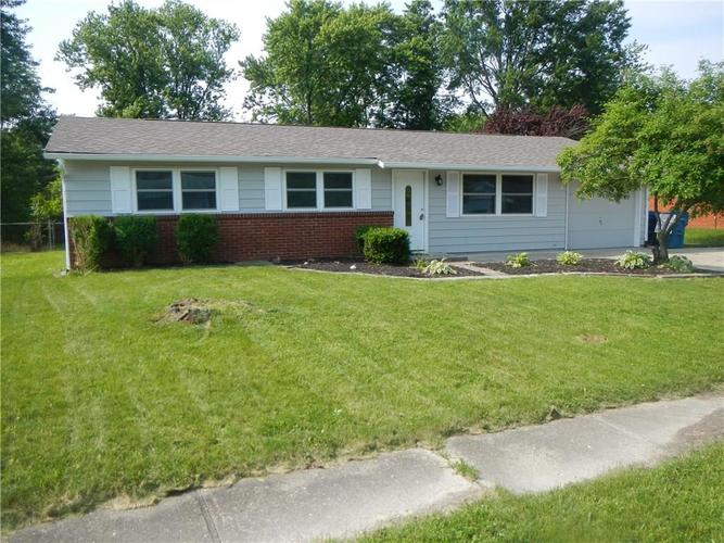 9414 E SHENANDOAH Drive Indianapolis, IN 46229 | MLS 21644528 | photo 1