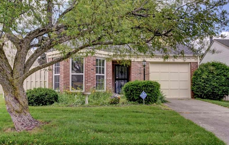 9462  Charter Drive Indianapolis, IN 46250 | MLS 21644569