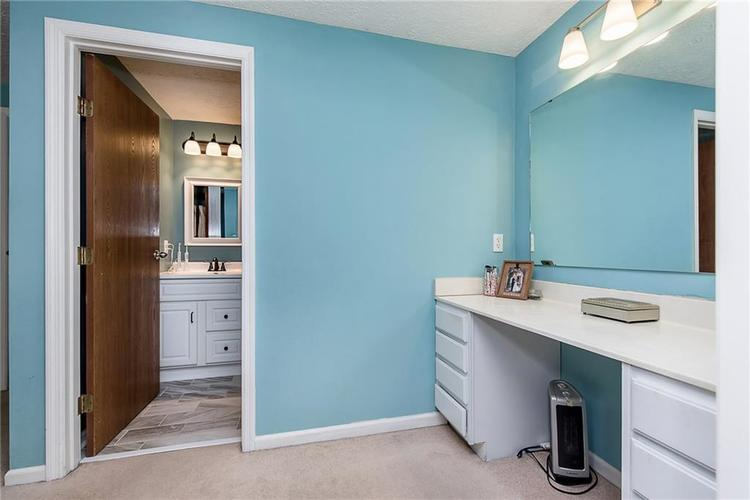 7651 S Baywood Drive Indianapolis, IN 46236 | MLS 21644612 | photo 18
