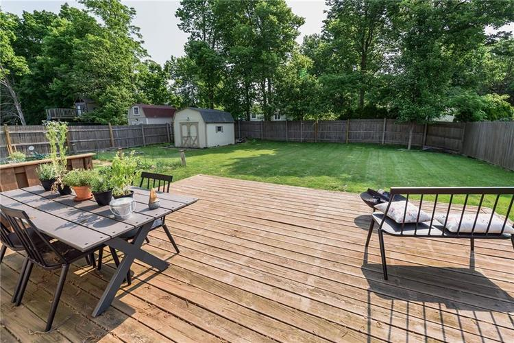 7651 S Baywood Drive Indianapolis, IN 46236 | MLS 21644612 | photo 25