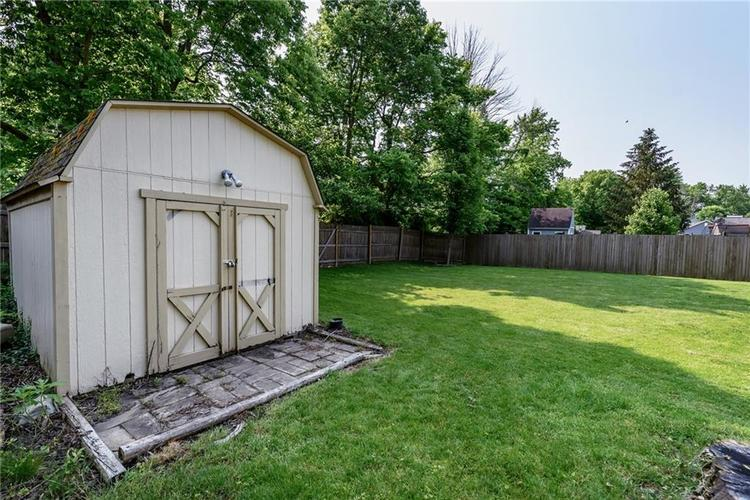 7651 S Baywood Drive Indianapolis, IN 46236 | MLS 21644612 | photo 26