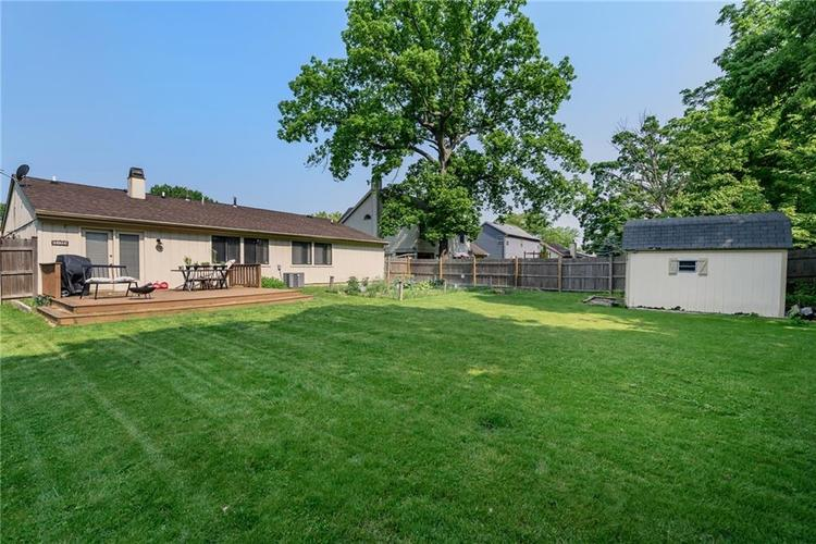 7651 S Baywood Drive Indianapolis, IN 46236 | MLS 21644612 | photo 27