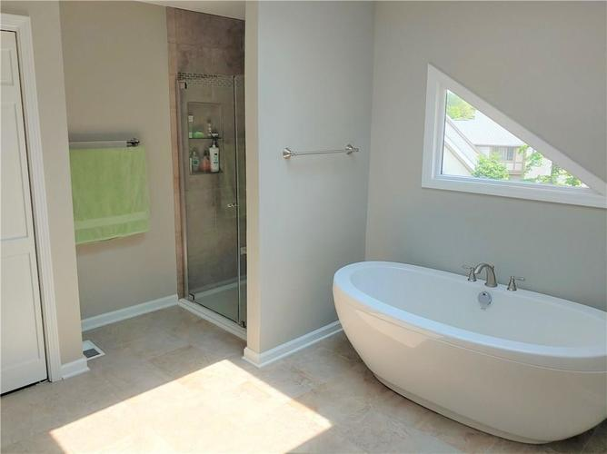 11114 Outrigger Court Indianapolis, IN 46236 | MLS 21644690 | photo 21