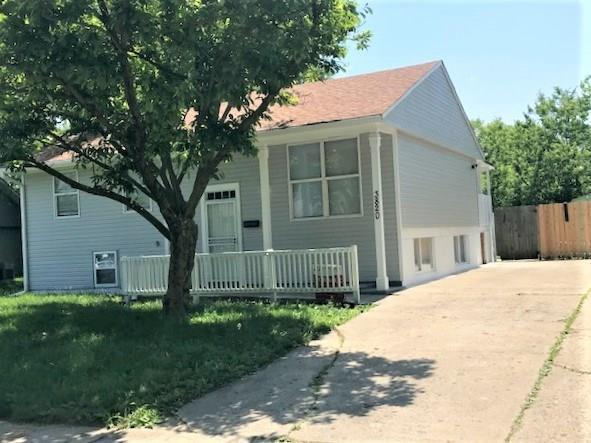 3820 Esquire Place Indianapolis, IN 46226   MLS 21644761   photo 1