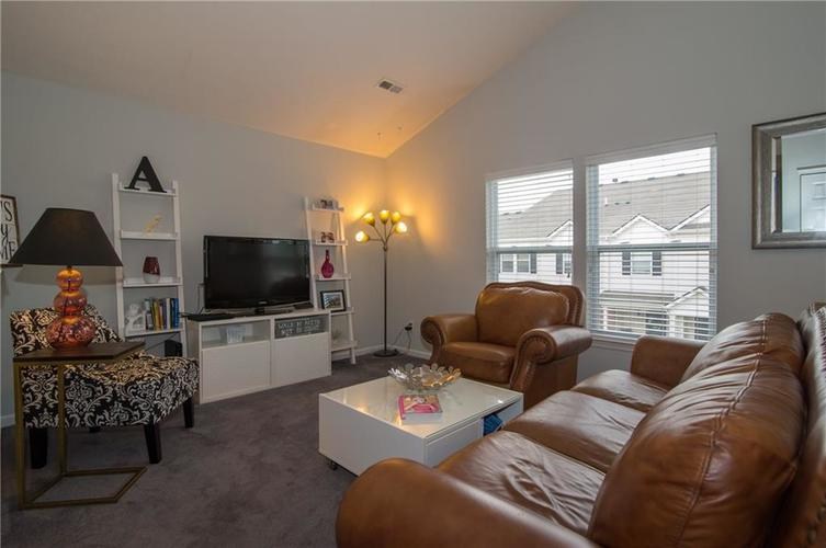12205 Bubbling Brook Drive #100 Fishers, IN 46038 | MLS 21644831 | photo 3