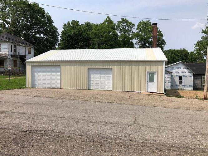 320 S Main Street Veedersburg, IN 47987 | MLS 21644953
